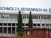 Beim Schweizer Stahlkonzern Schmolz+Bickenbach scheint mit dem zweiten Quartal die Talsohle durchschritten. (Archiv) (Bild: KEYSTONE/URS FLUEELER)
