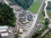Der Buoholzbach verwüstete beim Unwetter 2005 ein ganzes Industriequartier. (Archivbild NZ)