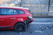 Wegen des Unfalls kam es in beiden Fahrtrichtungen zu grossen Rückstaus bis in den frühen Abend. (Bild: Kantonspolizei Obwalden)