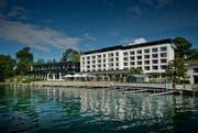 Aussenansicht des Campus Hotel Hertenstein in Weggis (Archivbild). Dahinter sollen neue Wohnhäuser entstehen. (Bild: Pius Amrein)