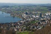 Die Stadt Zug gibt sich ein neues Leitbild. Blick auf die Stadt am 8. April dieses Jahres. (Bild: Keystone)