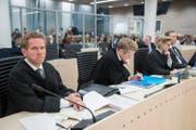 Der oberste Rechtsberater der norwegischen Regierung, Fredrik Sejersted (links), im Bezirksgericht Oslo. (Bild: Heiko Junge/EPA)