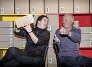 Brigitte Amrein ist die neue Regisseurin des Theaters Adligenswil. Sie löst Oskar Bünzli ab. (Bild: Nadia Schärli (Adligenswil, 15. März 2017))