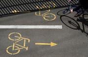 Das Tiefbauamt des kantons Schwyz hat ein neues Radroutenkonzept erarbeitet. (Bild: Keystone/Georgius Kefalas)
