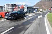 Das Bild zeigt den Unfallwagen bei der Autobahnausfahrt Stans-Süd. (Bild: PD)