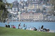 Das Hotel Palace in Luzern wird umgebaut. (Bild: Nadia Schärli (Luzern, 30. März 2017))