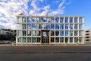 Der Emmi-Hauptsitz in Luzern. (Bild PD / E.T. Studhalter / Emmi)