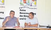 Die Hauptinitianten der lancierten kantonalen Kesb-Initiative: Nationalrat Pirmin Schwander (links) und Kantonsrat Marcel Dettling. (Bild Stefan Grüter)