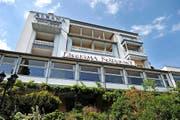 Soll 2018 wiedereröffnet werden: Das Hotel Albana in Weggis. (Archivbild Boris Bürgisser)