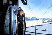 Die höchste Luzernerin Irene Keller pendelt mit der Seilbahn von der Arbeit nach Hause auf die Rigi. (Bild: Nadia Schärli / Neue LZ)