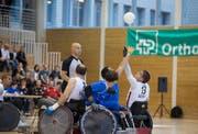 EM Rollstuhl-Rugby Eröffnungsfeier und das erste Spiel zwischen der Schweiz (weiss) und Italien im Paraplegikerzentrum in Nottwil. (Bild: Dominik Wunderli)