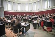 Blick in den Luzerner Kantonsratssaal. Bild: Manuela Jans-Koch (Luzern, 11. November 2016) (Bild: Manuela Jans-Koch, Luzern, 11. November 2016)