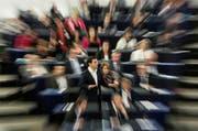 «Arbeitnehmer und Rentner können keine zusätzlichen Lasten akzeptieren», erklärte Griechenlands Ministerpräsident Alexis Tsipras gestern vor den Abgeordneten im Europaparlament. Einzelne EU-Parlamentarier attackierten Tsipras im Laufe der Sitzung scharf. (Bild: Keystone/Jean-Francois Badias)