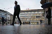 Die Schweizer Banken sind besorgt: Der Streit mit der EU führt vermehrt zu Rechtsunsicherheit. (Bild: Gaëtan Bally/Keystone (Zürich, 9. Februar 2016))