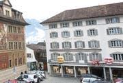 Das «Wysse Rössli» mitten in Schwyz. (Bild: Archiv LZ)
