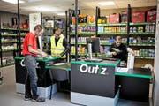 Das Bild zeigt eine Filiale des Baufachhändlers Outiz – einer Tochterfirma von Saint-Gobain. Die Marke besteht erst seit 2014. Handwerker bestellen online und holen die Ware ab oder lassen sie sich liefern. (Bild: pd)