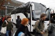 Weil die Polizei den Tellbus anhielt, mussten die Passagiere zusehen, wie sie ans Ziel kommen. (Symbolbild) (Bild: Archiv / Neue LZ)