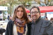 Bettina Kiedl, Leiterin von «youngCaritas», und Hans Farman, Präsident des Vereins Perspective Association. (Bild: PD)