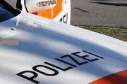 Die Polizei nahm nach der Schiesserei mehrere Personen fest. (Symbolbild Adrian Venetz / Neue NZ)