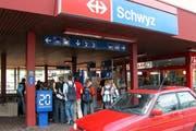 Künftig führt eine Buslinie direkt von Seewen zum Bahnhof Schwyz in Seewen. (Bild Corinne Schweizer/Neue SZ)