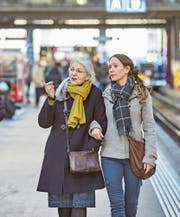 Für wen bringt die Rentenreform eine Mehrbelastung? Vor allem jüngere Beitragszahler werden zur Kasse gebeten. (Bild: Christoph Schürpf/Keystone)