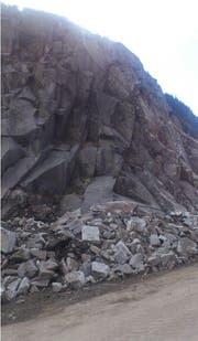 Die Schöllenen musste wegen erhöhter Steinschlaggefahr gesperrt werden. (Bild: PD/Astra)