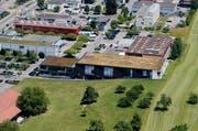 Archivbild: Das Hauptgebäude der Trumpf Maschinenbau AG in Sihlbrugg. (Bild: Stefan Kaiser / ZZ)