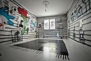 Eine Wohnung mit Werken von Pablo Stettler und Lionne Saluz. (Bild: Pius Amrein)