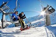 Am Gemsstock wurde aufgrund aussergewöhnlichen Schneefalls die Saison bereits eröffnet. (Bild: Urs Hanhart (Gemsstock, 19. November 2014))