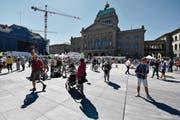 Das Bundeshaus in Bern: Hier wird Schengen-Recht autonom nachvollzogen. (Bild: Peter Schneider/Keystone (Bern, 17. Juli 2016))