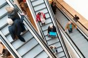Ein Blick in das Emmen-Center, eines der grössten Einkaufszentren der Schweiz. (Bild: Boris Bürgisser / Neue LZ)