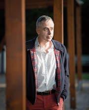 Pius Knüsel (hier vor der Volkshochschule Zürich) hat den «Kulturinfarkt» zum Thema gemacht. (Bild: Manuela Jans (19. Oktober 2017))