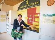 Museumsleiterin Beatrice Limacher vor der neuen «Food Waste»-Ausstellung im Agrarmuseum Burgrain. (Bild: Roger Grütter (Alberswil, 28. März 2017))