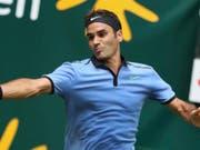 Roger Federer setzt einen Meilenstein nach dem anderen (Bild: KEYSTONE/AP dpa/FRISO GENTSCH)