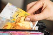 Müssen die Luzerner bald mit einer leichten Steuerfusserhöhung rechnen? (Symbolbild Keystone)