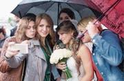Junge Erwachsene wollen heiraten und Kinder haben. (Bild: Sergei Bobylev/Getty Images)