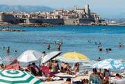 Frankreich peilt die Rekordzahl von 100 Millionen Gästen an. (Bild: Sebastien Nogier/EPA (Antibes, 18. Juli 2017))