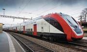 Passagiere dürfen die neuen Doppelstockzüge der SBB noch nicht betreten. (Bild: Youtube)