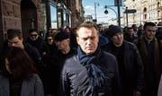 Oppositioneller Alexej Nawalny bei einer Demonstration. (Bild: Evgeny Feldman/Keystone (Moskau, 26. März 2017))