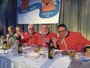 En Guete! Die Gnagi-Zunft-Oberen (von links): Charlie Bösch, Seppi Schärli, Hans Pfister und Guido Jacopino im Casino. (Bild: Roman Hodel (Luzern, 29. Januar 2018))