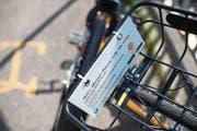 Solche Velos der Firma O-Bike wird es zumindest vorerst in Luzern nicht geben. (Bild: Ennio Leanza/Keystone (Zürich, 20. Juli 2017))