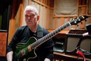 Der Gitarrist John Abercrombie stand 1978 erstmals in Willisau auf der Bühne. Dieses Jahr ist er wieder dabei. (Bild: pd)