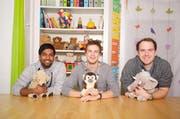 Die drei Jungunternehmer Gowthaam Yogeswaran, Timon Guggenbühl und Daniel Moos (von links) haben eine Administrations-Software für Kitas entwickelt. (Bild: pd)