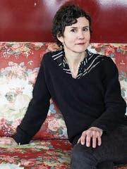 Die Zürcher Illustratorin Anna Sommer bannt böse Geschichten in schlichte Bilder. (Bild: PD)