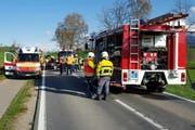 Zum Einsatz kam ein Grossaufgebot an Rettungskräften. (Bild: Leserreporter)