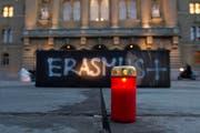 So wie in Bern (Bild) soll auch in Luzern gegen die Sistierung des Austauschprogramms Erasmus demonstriert werden. (Bild: Keystone)