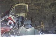 Die komplett zerstörte Rangierlok. (Bild: Kapo Uri)