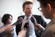 GLP-Parteipräsident Martin Bäumle gibt an einer Pressekonferenz seinen Rücktritt bekannt. (Bild: (KEYSTONE/Anthony Anex)