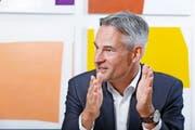 Für Zugs Volkswirtschaftsdirektor Matthias Michel ist der Zuger Innovationspreis nicht zuletzt eine Anerkennung für «Topleistungen» heimischer Firmen. (Bild Stefan Kaiser)
