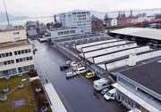 Der ZVB-Stützpunkt in Zug soll ersetzt werden. (Bilder: Werner Schelbert (21. Dezember 2015))